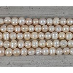 Pearl Peach Potato 2.5mm Hole 10-12mm